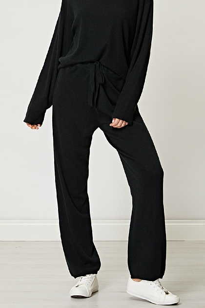 Knitted Jogger Trousers Loungewear Co-Ord Set in Black
