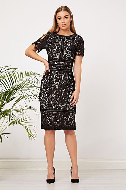 Lace Fitted Lined Short Sleeve Dress in Black