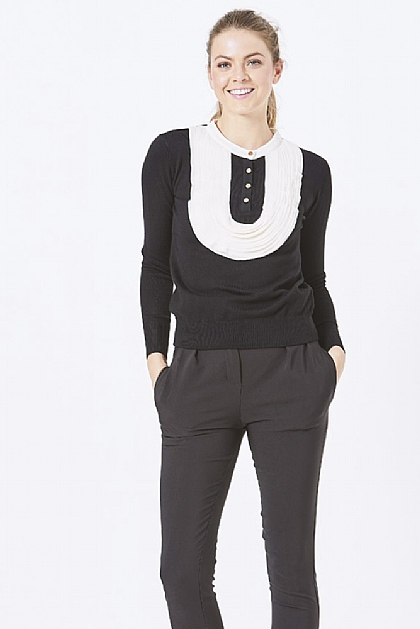Black Knitwear Blouse with White Applique