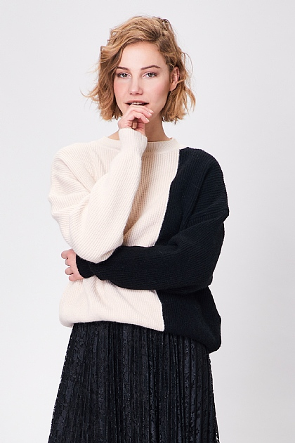 Cream and Black Block Long Sleeve Knit Jumper
