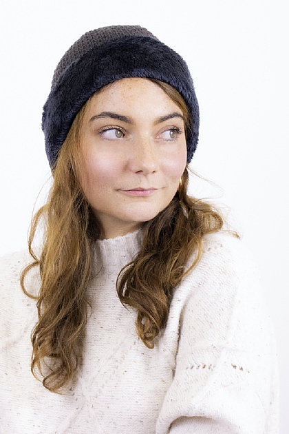 Knitted Fluffy Beanie in Grey