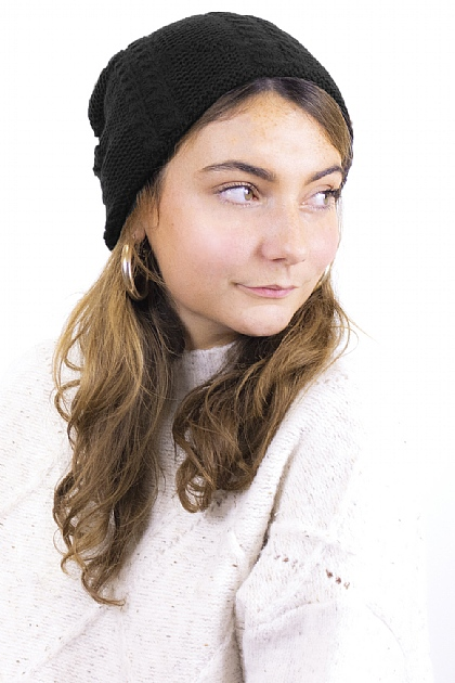Knitted Fluffy Beanie in Black