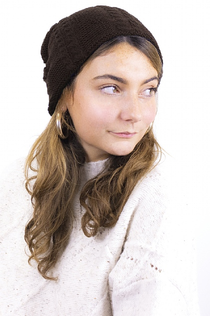 Knitted Fluffy Beanie in Chocolate