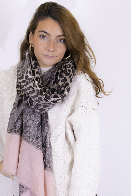 Animal Printed Leopard Snake Scarf in Pink