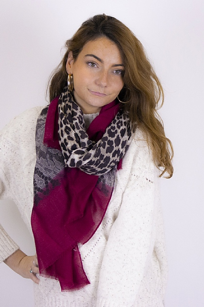 Animal Printed Leopard Snake Scarf in Red