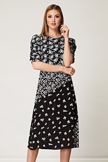 Mixed Floral Ruched Sleeve Midi Tea Dress in Black