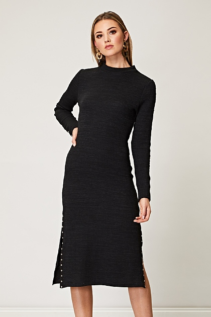 Ribbed Midi Dress with Side Slits and Gold Button